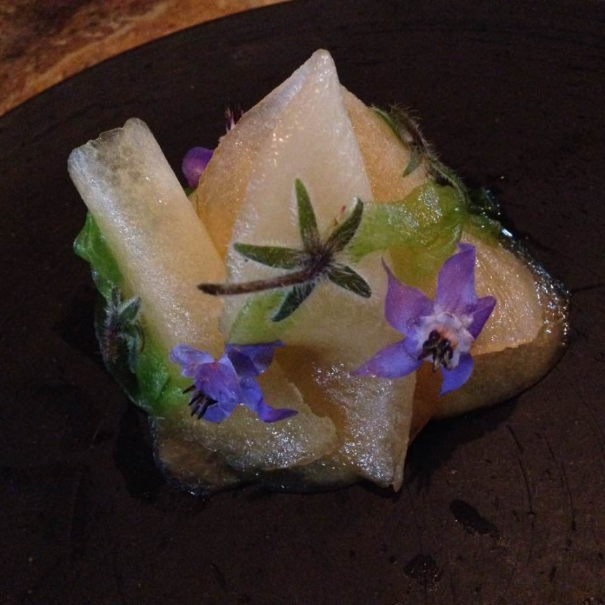 Razor Clam with Pepino and Starfruit at Central. Photo by Suzanne Van Atten
